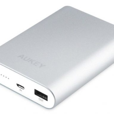 AUKEY 10400mAh Quick Charge 2.0 Portable Charger